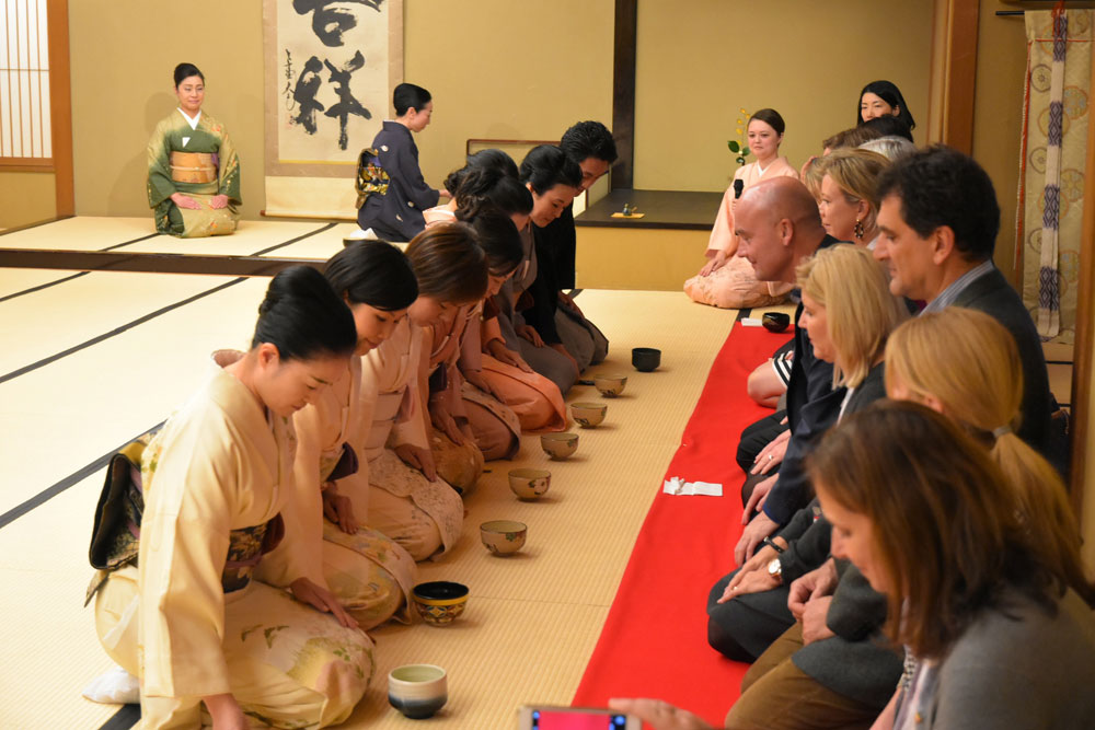 Delegates enjoy Japanese hospitality at a traditional tea ceremony.