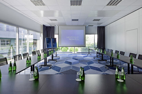 meeting-picture