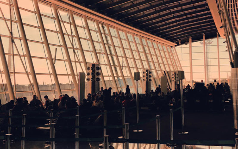Queues mount at US airports as government shutdown affects air travellers