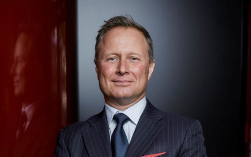 Comexposium splits into three regional divisions, CEO Simon Foster to leave