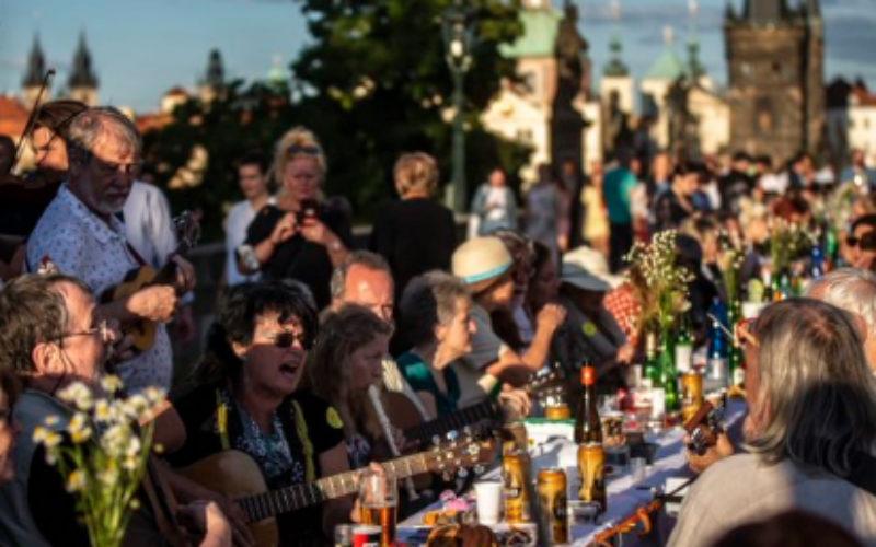 Thousands of Czechs party on Prague's Charles Bridge