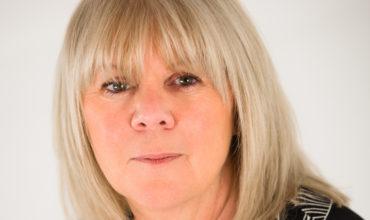 UK association survey reports 126,000 industry job losses and £2.4m per venue