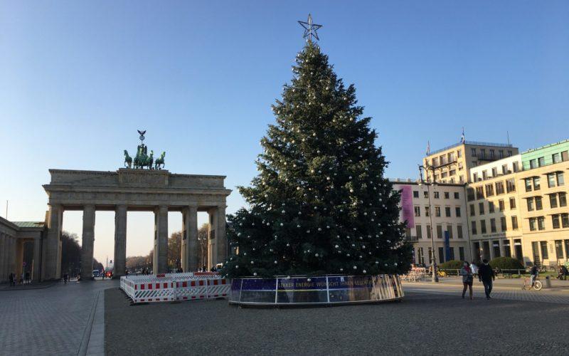 Berlin's Awakening Beauties – Episode 4, Christmas Special