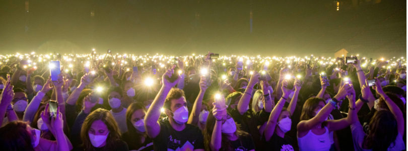 Barcelona pilot show for 5,000 concert-goers hailed a success by organisers